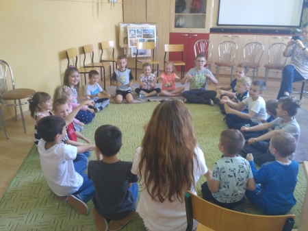 Zastosowanie aktywnego słuchania muzyki z przedszkolakami z Publicznego Przedszkola nr 2