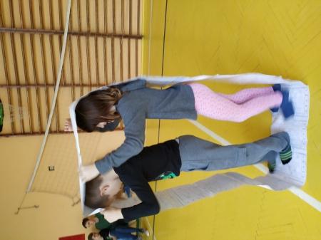 W zdrowym ciele zdrowy duch- zabawy ruchowe