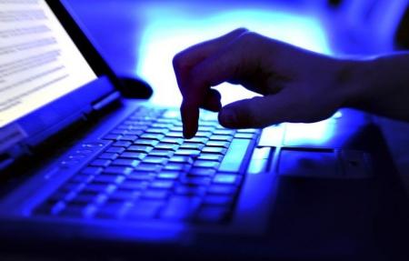Jak rozmawiać z dziećmi i młodzieżą na temat cyberprzemocy ?